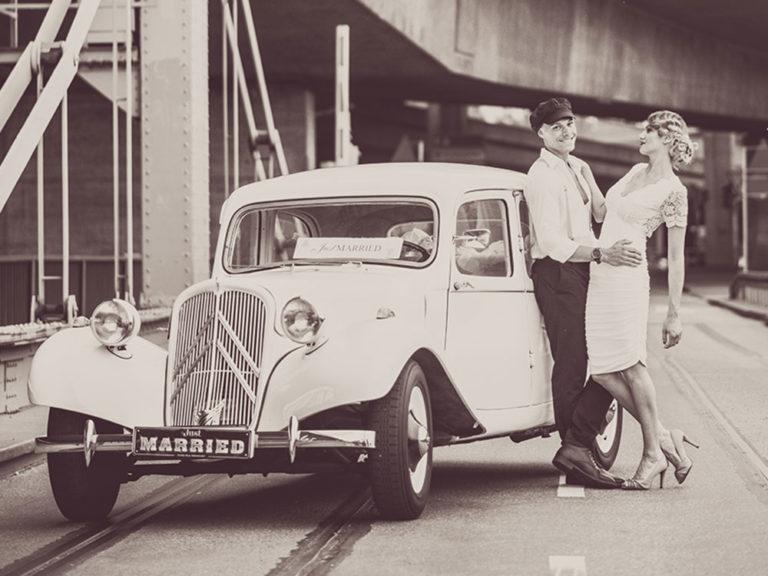 Citroen 11 CV Hochzeit